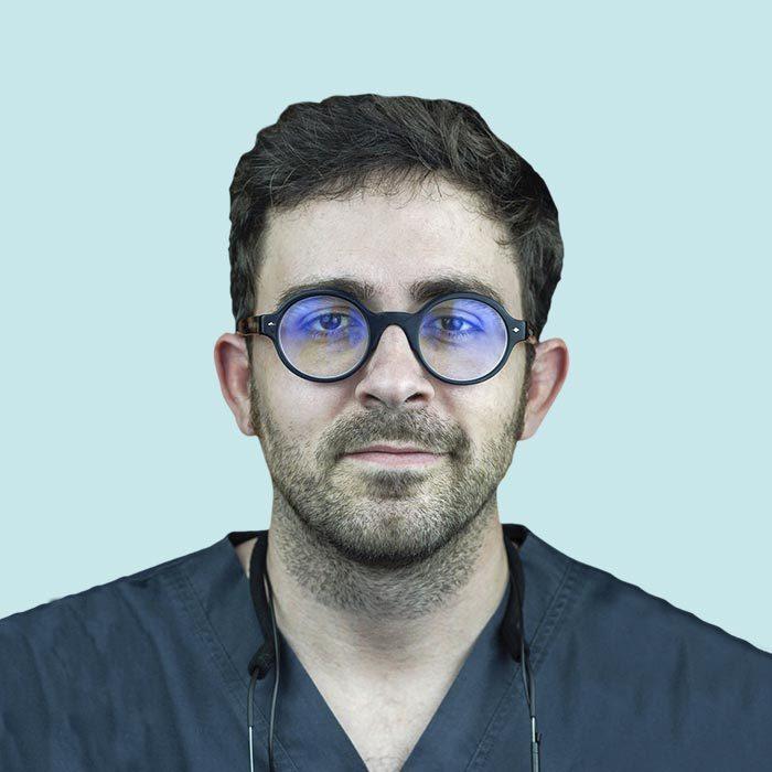 Dr. Matias Moreno <span>Endodoncia, Estética y Odontología general</span>